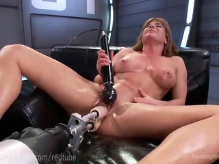 Ariel X's Unqualified Body Together with Enjoyment from Machines