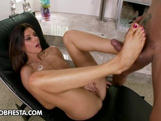 Kinky footjob mend in India Summer