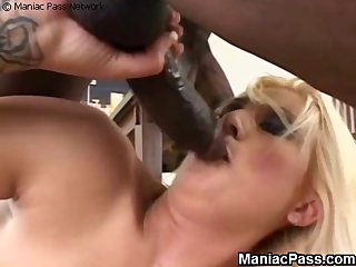 Festival BBC deepthroat and anal