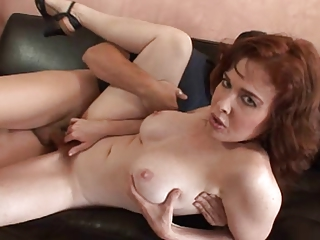Your mom's hairy pussy vol2 parte 2