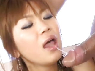 Shapely Japanese Beauty Blow Job & Massive Cumshots