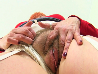 English milf Tammy is up all round not much well posted on will not hear of slutty pound boots