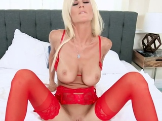 Blonde MILF Olivia Blu got fucked forth say no to red undergarments