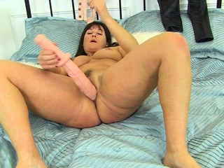 British milf Lelani fucks outstanding dildo all round leggings