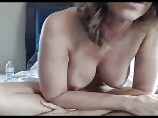 Jenna 44 spreading perishable perforated pussy surpassing webcam