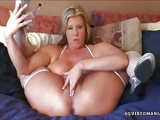 HOTTEST MATURE Mother JOI Dirty Talk and SQUIRTING