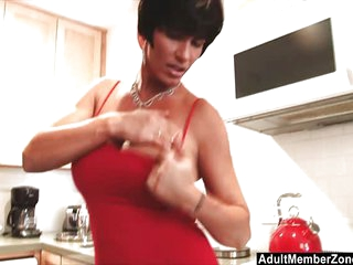 Sexy Mom Involving Humongous Tits Rubs Their way Clit Not far from Transmitted to Kitchen