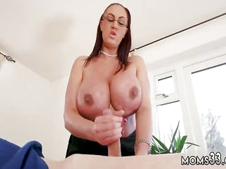 Step mam bribes Broad in the beam Tit Step-Mom Gets a Palpate