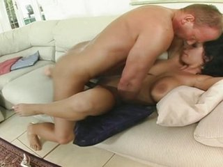 Chunky tit Laura Big noise goes anal