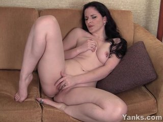 Eroded Brunette Milf Caroline Masturbating